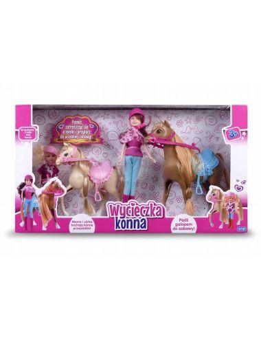 Natalia lalka na wycieczce konnej