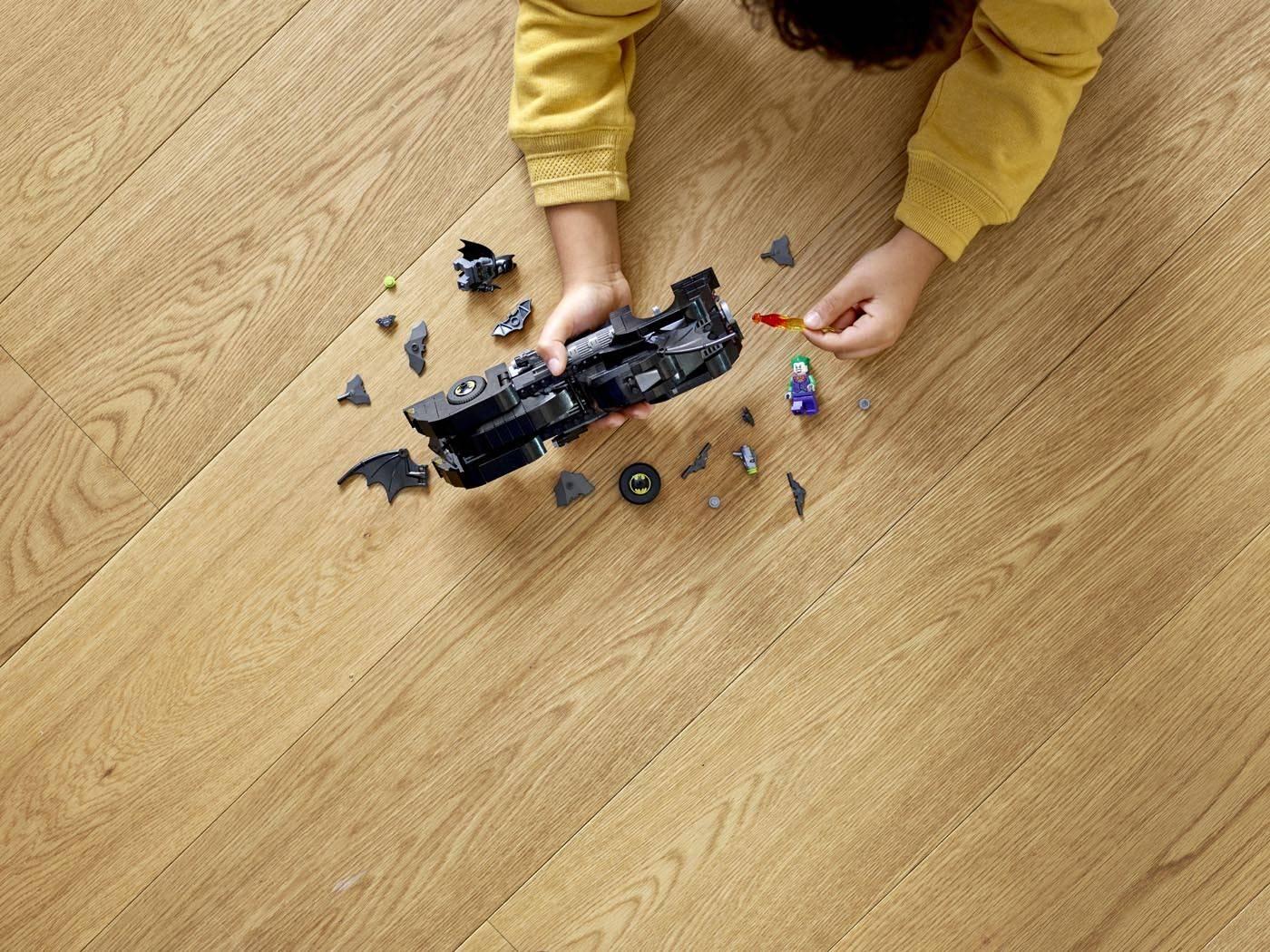 LEGO Batman Batmobile: w pogoni za Jokerem 76119