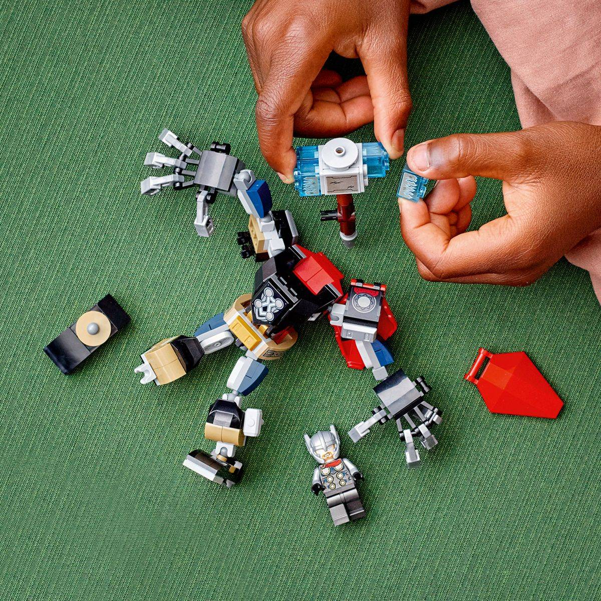 LEGO MARVEL Opancerzony Mech Thora model 76169