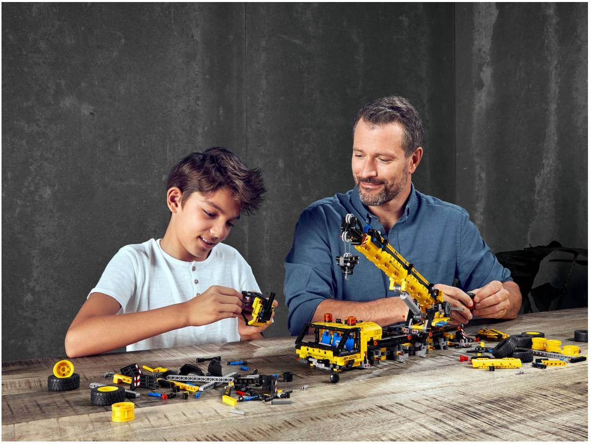 LEGO Technic Zuraw samochodowy klocki 42108