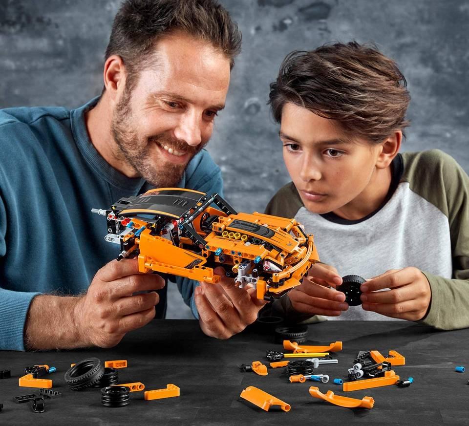 LEGO Technic chevrolet corvette zr1 auto klocki 42093