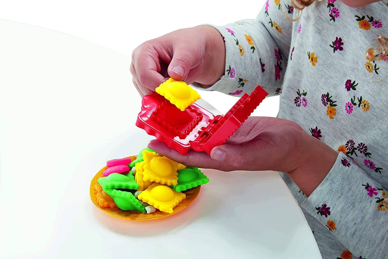 """Play-Doh Ciastolina Maszyna do Robienia Makaronu E7776"