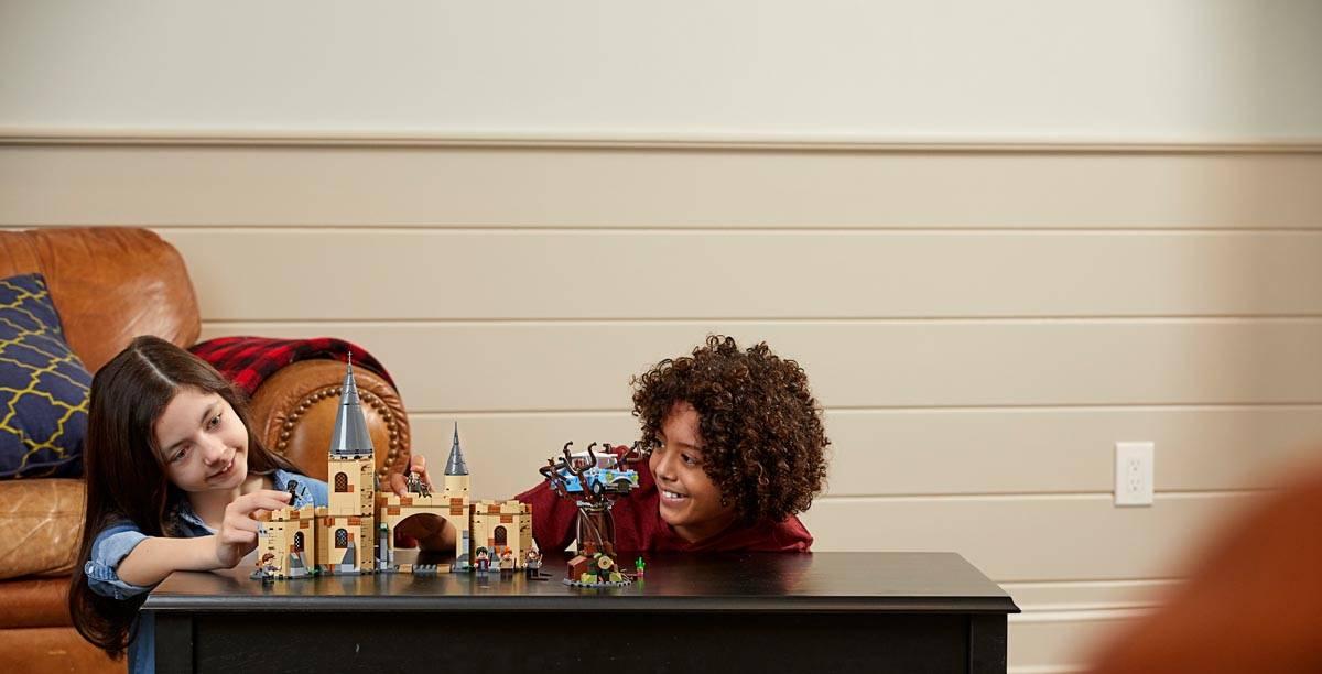 LEGO Harry Potter Wierzba bijąca z Hogwartu 75953